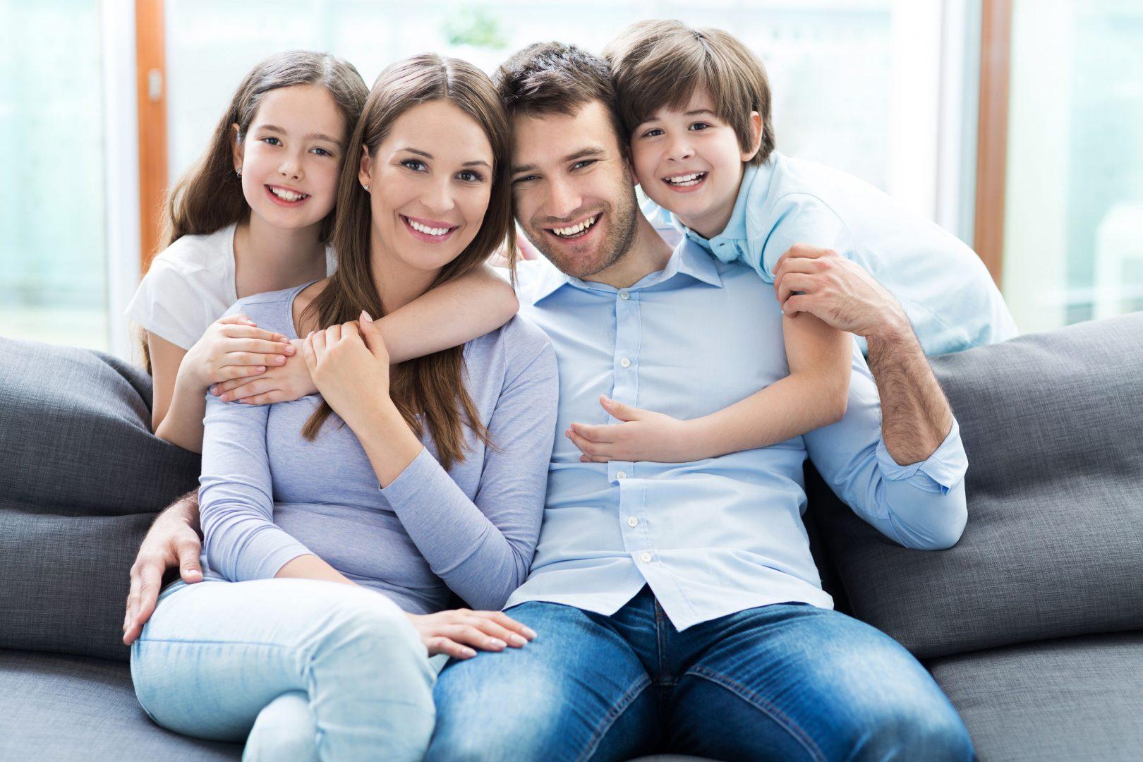 webooking happy family